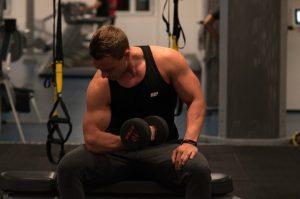 Übungen für dicke Arme